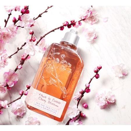 Cherry Blossom Bath & Shower Gel chiết xuất từ tinh chất hoa anh đào